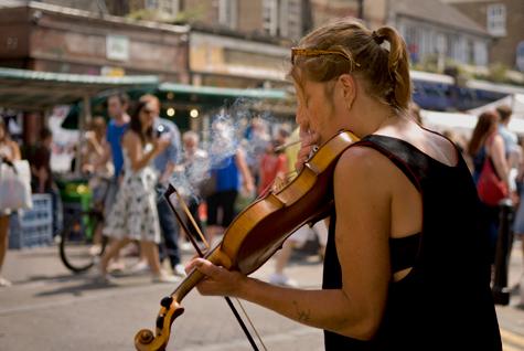 Fiddler in broadway market
